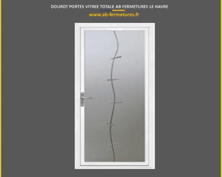 menuiserie-portes-dourot-vitree-totale-porte-d-entree-modele-dourot-par-ab-fermetures-le-havre-et-honfleur-deauville